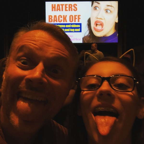 Yesterday @ #mirandacampcologne dad&daughter-night-out with memebeeehappy #mirandasings #cologne #tanzbrunnenköln